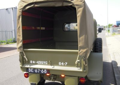 Legertruck-Canvas-Kap-JT-Autobekleding-2